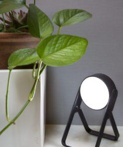 foldable spotlight